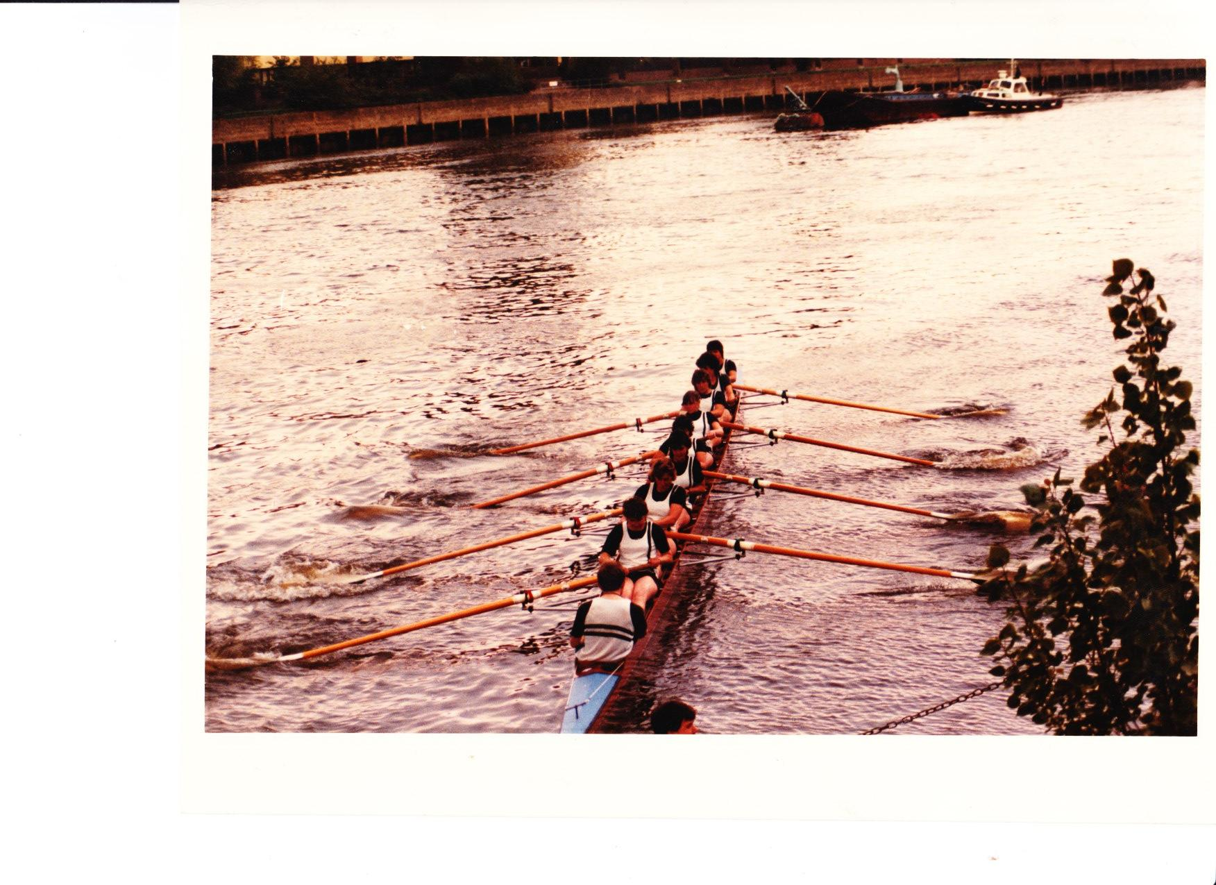Barts_W1_Bumps_1985_first_stroke_off_the_wall